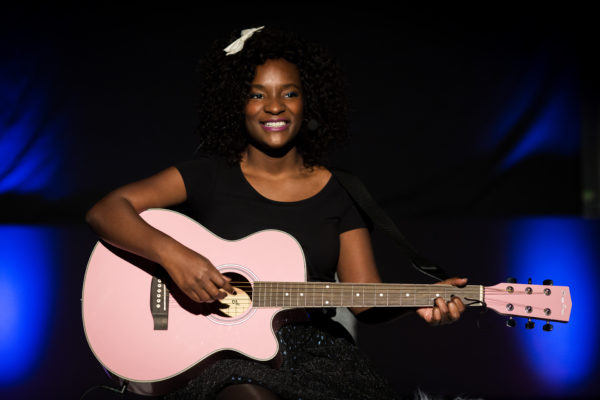 Cécile Djunga